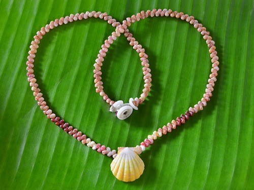 Kahelelani and Sunrise Shell Necklace