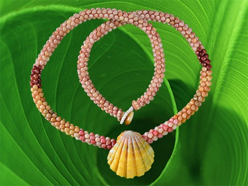 Kahelelani Shell Rope Necklace with Sunrise